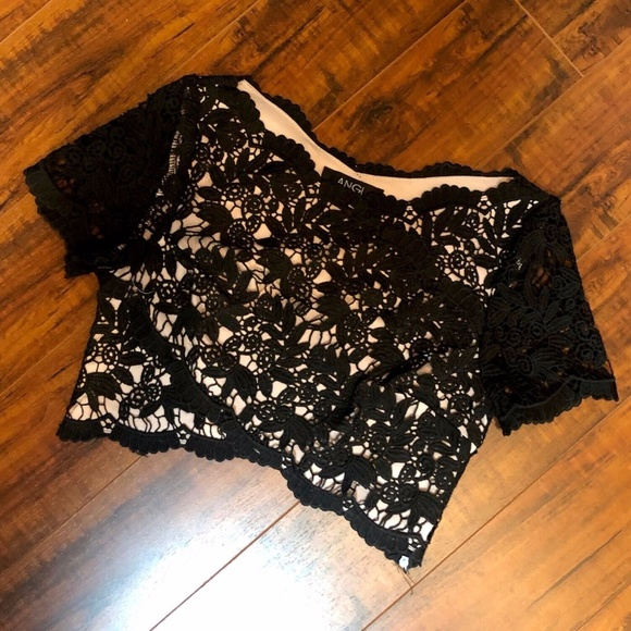 Vintage SEXY Black Nude Lace Cropped Top